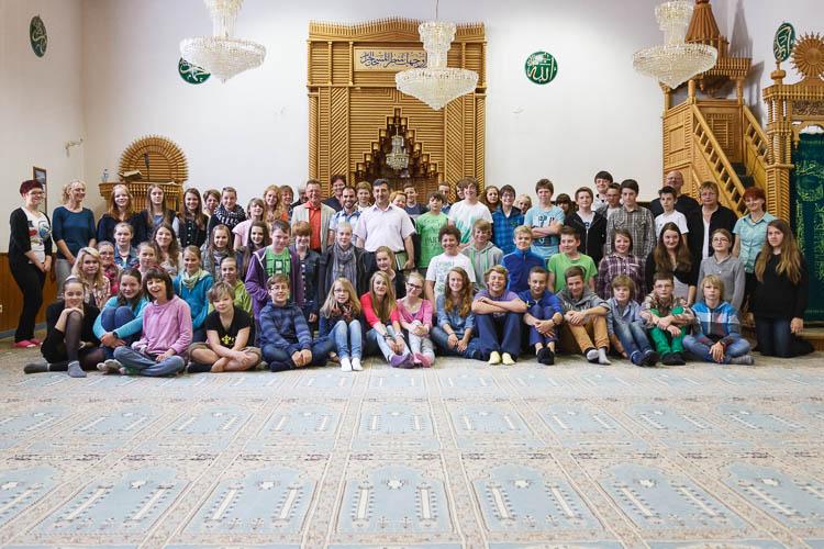 Konfirmanden besuchen Moschee in Haspe